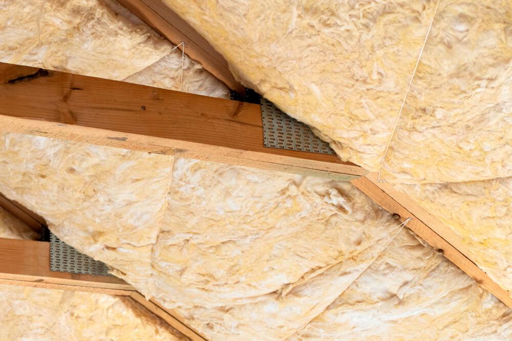 Zateplenie strechy nad krokvami aj medzi Naj Zateplenie